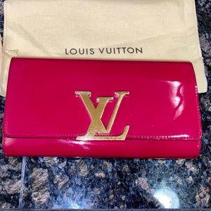 Louis Vuitton Louise Vernis Wallet & Clutch